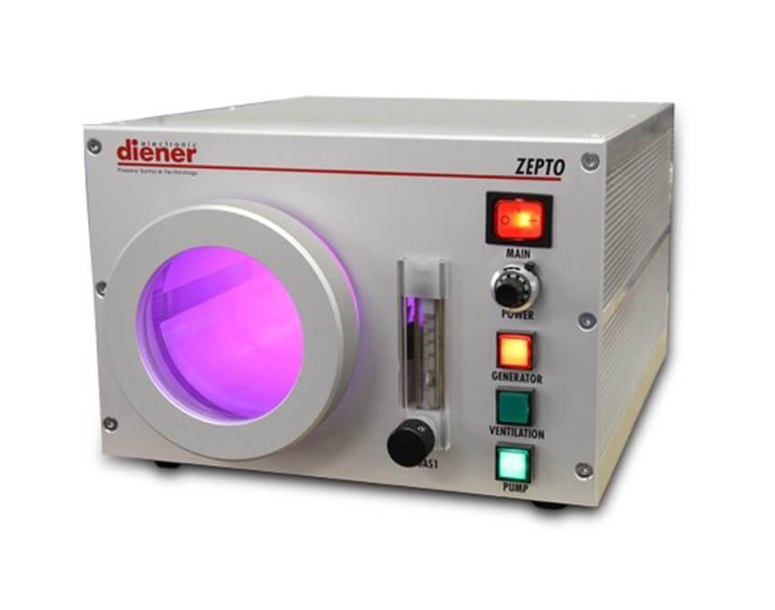 Equipo de plasma en radiofrecuencia automatico con un control de gas economico